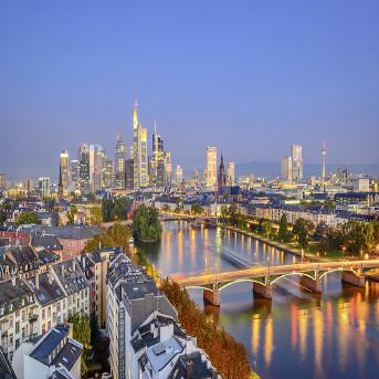 10 Days Europe Tour : Frankfrut - Bratislava - Budapest - Vienna - Zurich - Amsterdam - Paris