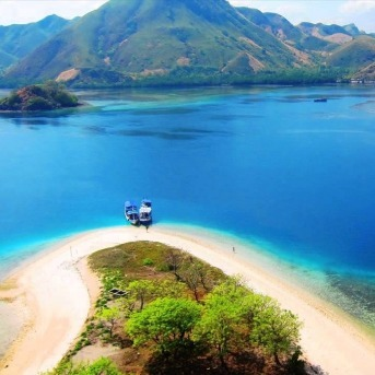 Tour Pulau Komodo