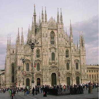 12D Europe Tour : Paris - Trier - Prague - Budapest - Vienna - Amsterdam