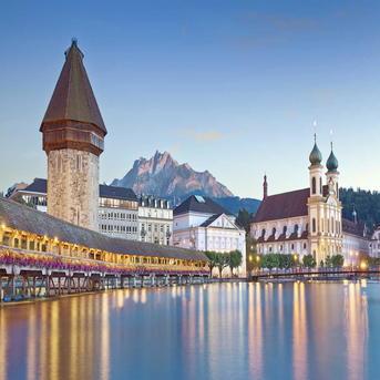 8D Tour : Amsterdam-Rhine Valley-Innsbruck-Venice-Lucerne-Dijon-Paris-Brussels