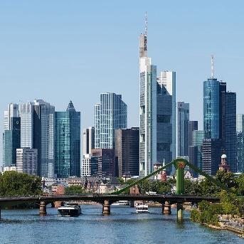 9 Days Central And Eastern Europe Tour : Trier – Prague – Bratislava - Vienna
